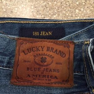 Lucky Brand 181 Jeans(32X32).(EUC)